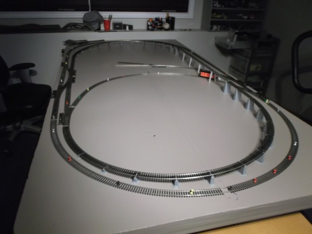 This is the layout. 2 connecting ovals, with a connected small inner loop. It also includes elevation changes, a over-under and a rail bridge.