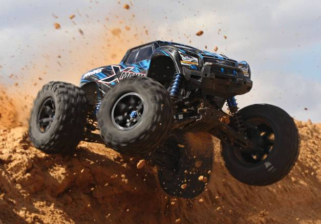 X-Maxx-Gallery-LG-Action_0016